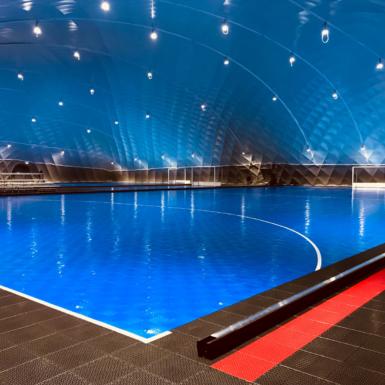 Cancha azul de BounceBack Interior en Holanda