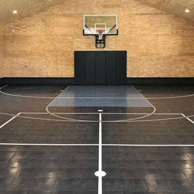 Cancha interior de baloncesto y usos múltiples
