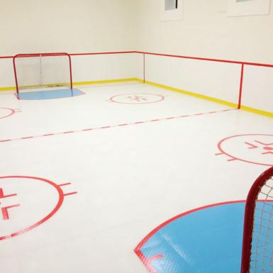 Piso de hockey interior
