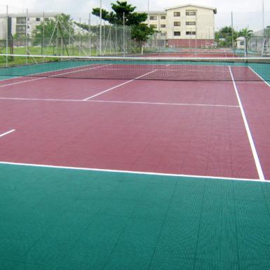 Cancha de tenis en Nigeria